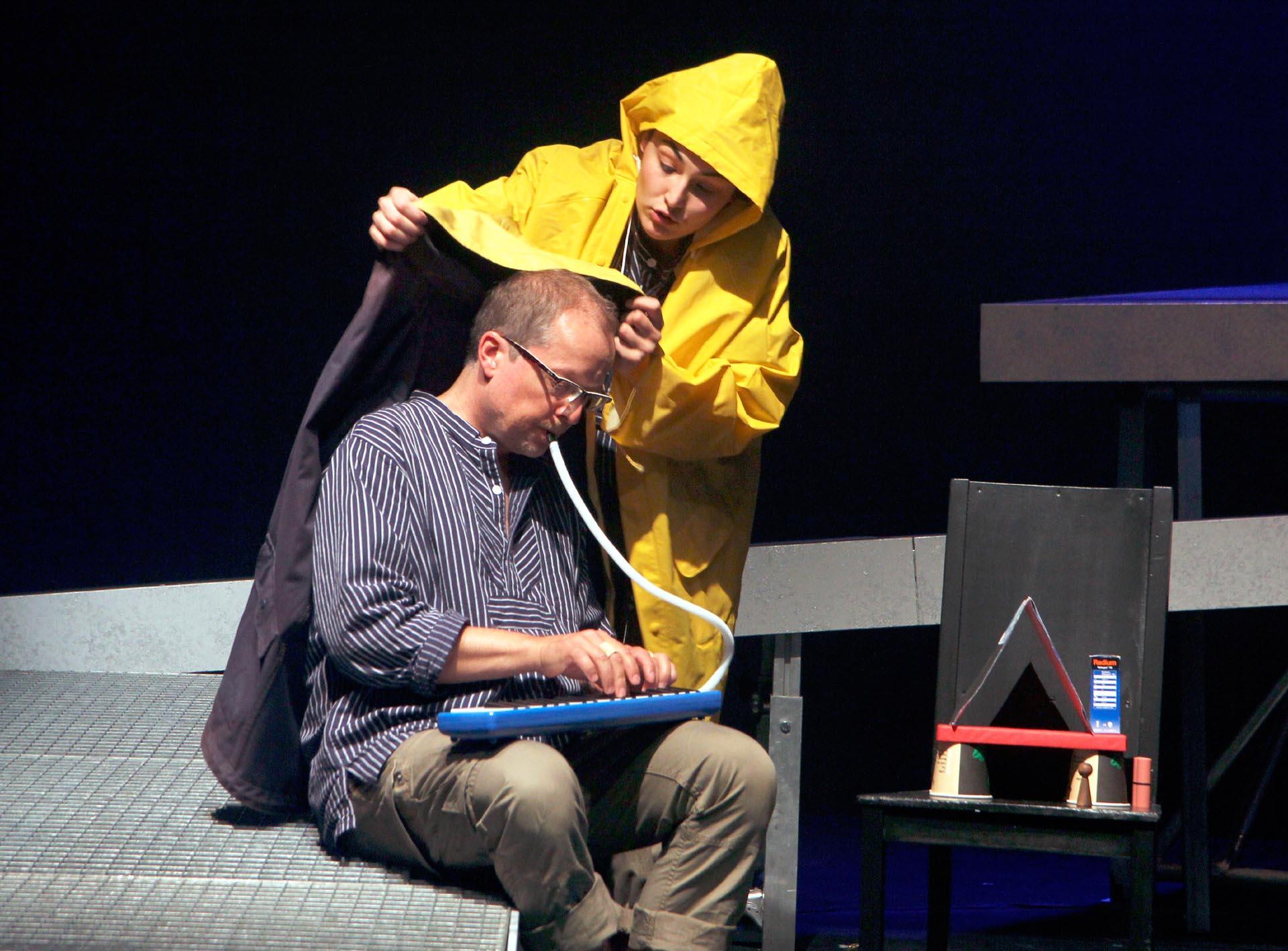 """11 Solo-Oper """"Gold!"""", Theater Hagen, 2016-17"""