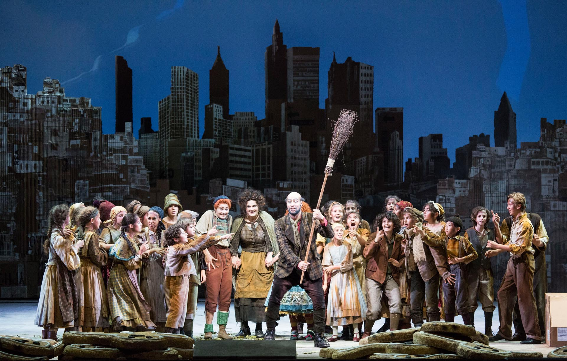 13 Hänsel und Gretel, Teatro alla Scala, 2017, © Brescia und Amisano